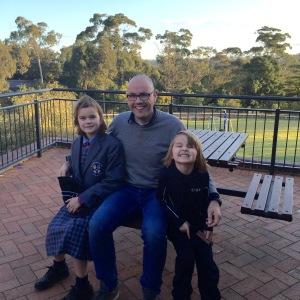 vanOijen_with_kids